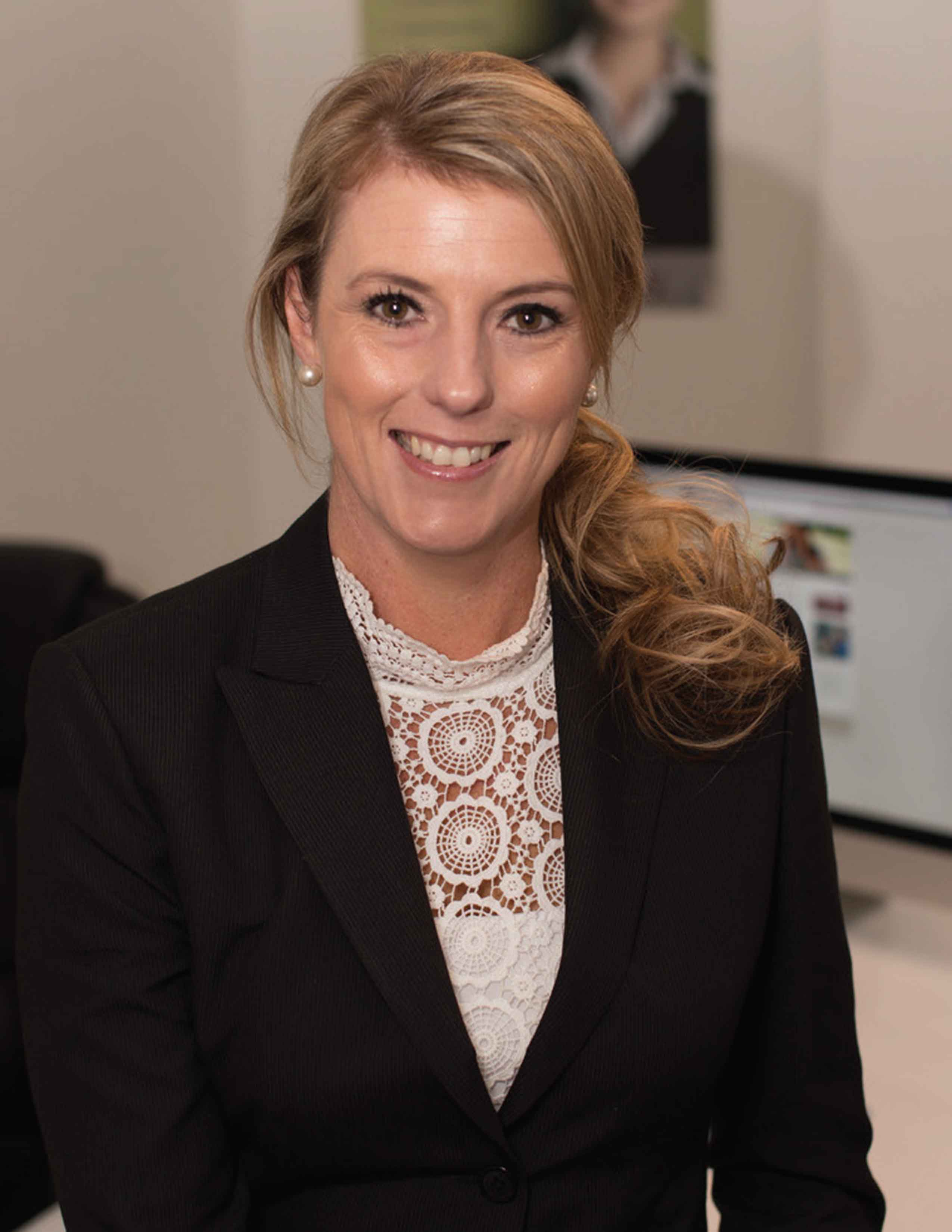 Narelle Kerstan, Gloss Finance