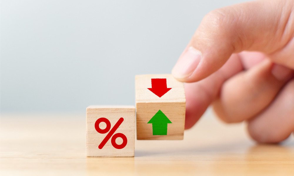 Low rates likely to keep prices afloat