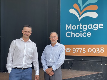 Broking by the beach: A Dee Why brokerage serving the community