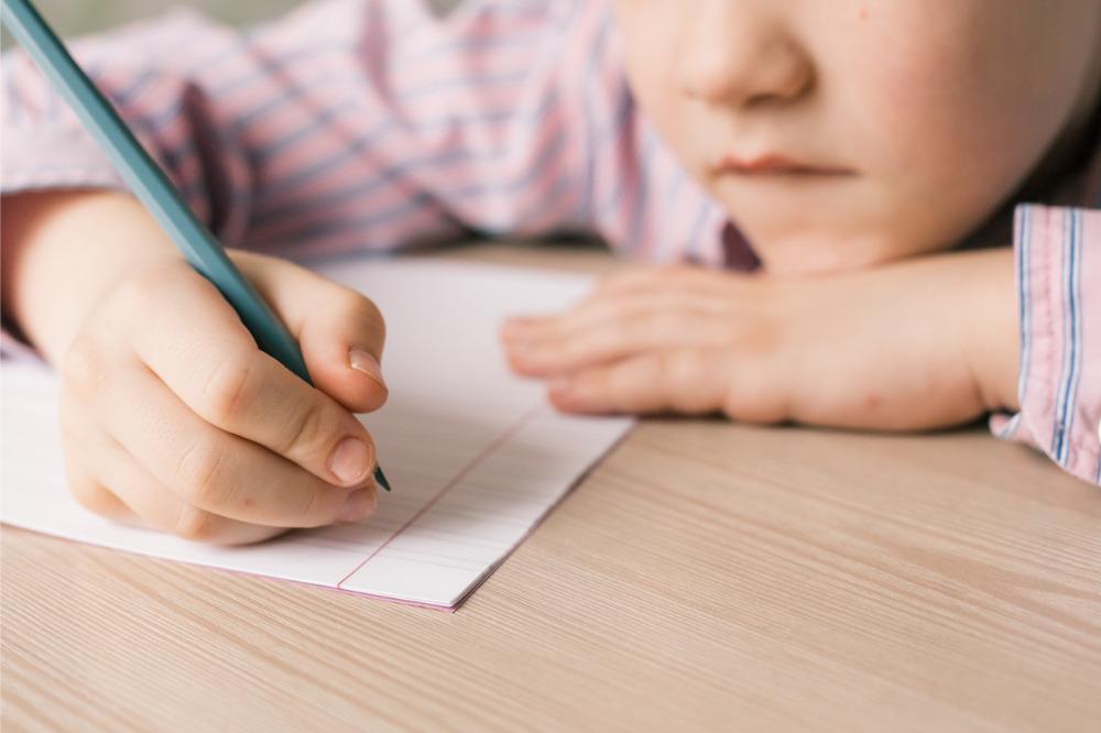 Handwriting makes kids smarter – study