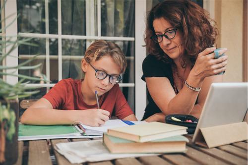 School shutdowns accelerate rise in homeschooling