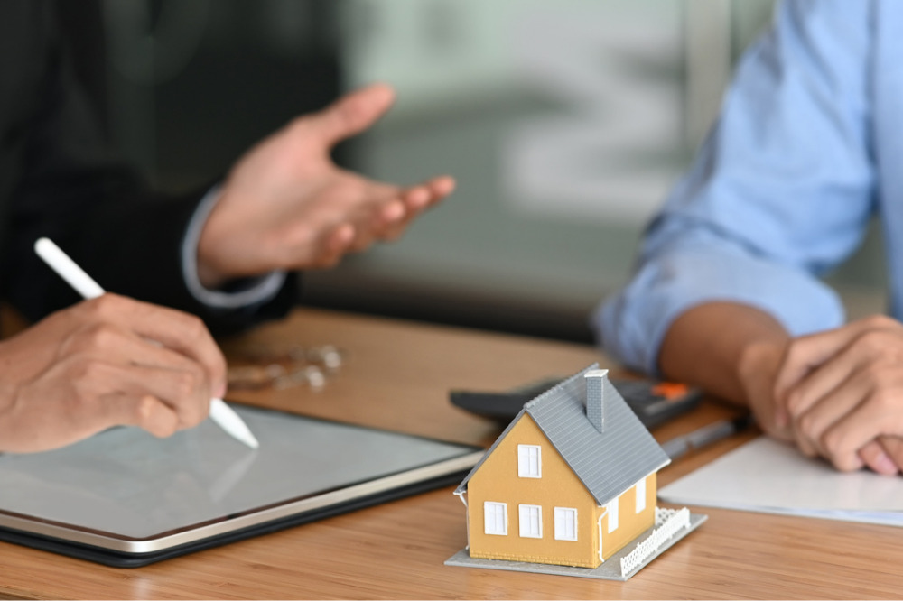 Why use a mortgage adviser? Explained
