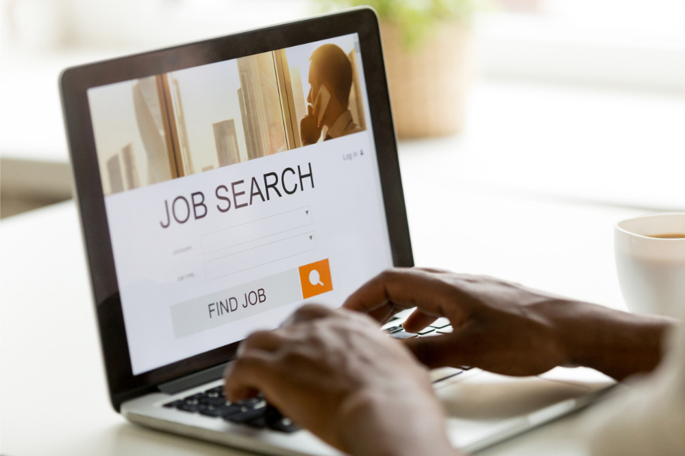 Labour market on the path of gradual recovery