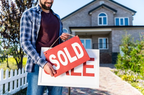 Newcomers represent one in five home purchases in Canada