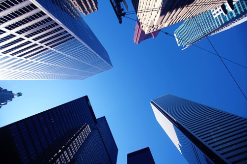 Commercial investment remains at pace with record-breaking highs
