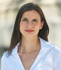 Stephanie Kowalew, Multi-Prêts Commercial