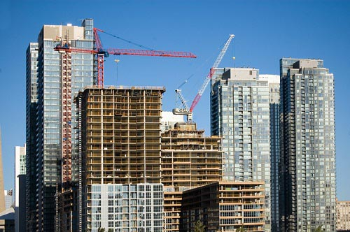 Value of building permits soars to record high