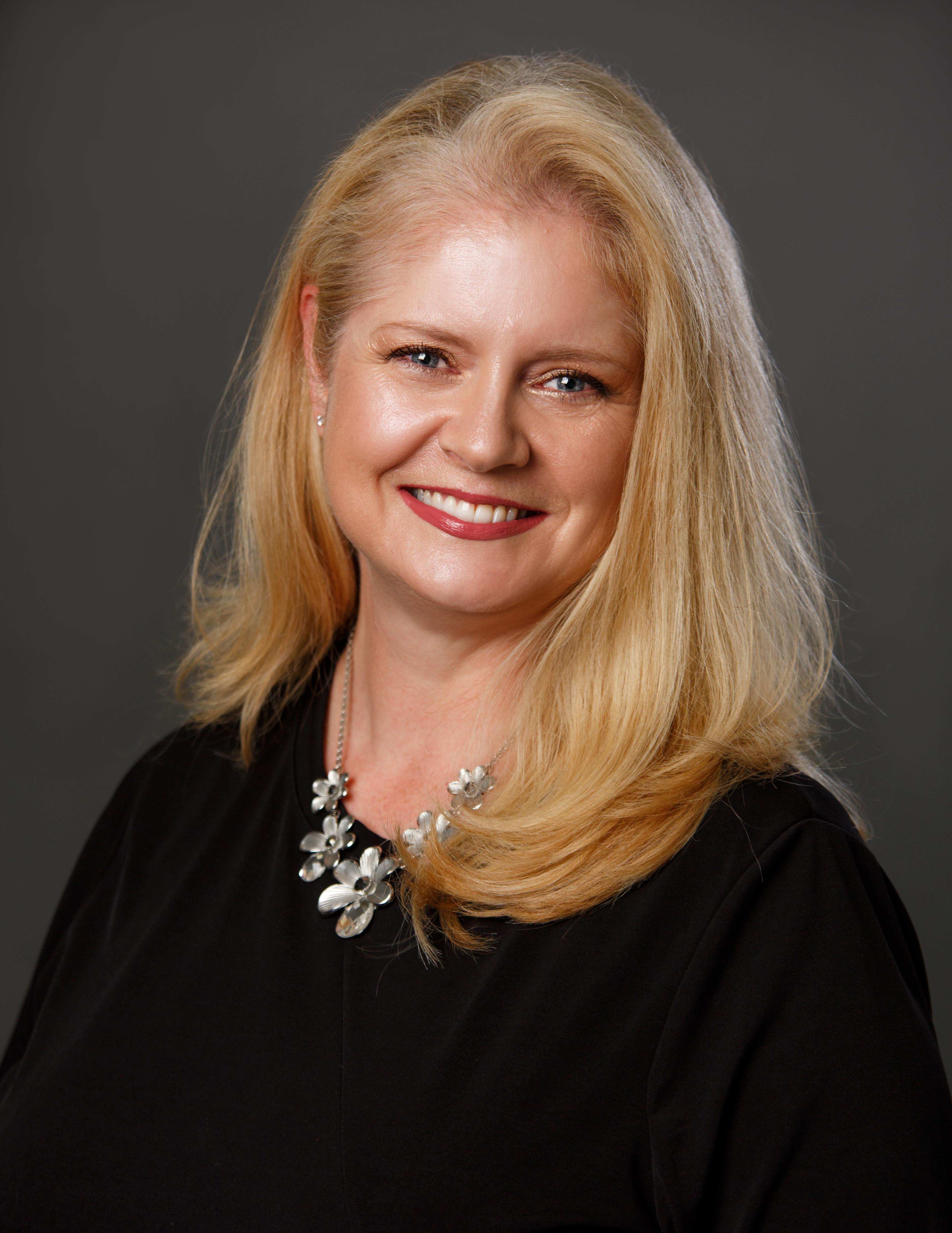 Lisa Abbatangelo, Community Trust