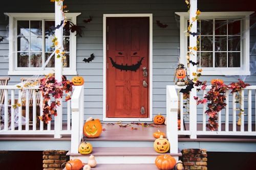 RE/MAX helps extend program to make Halloween fun for all