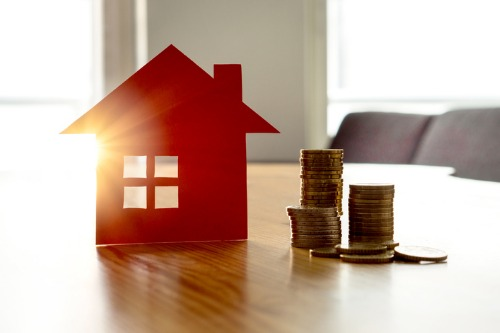 Low supply putting pressure on Canadian housing prices