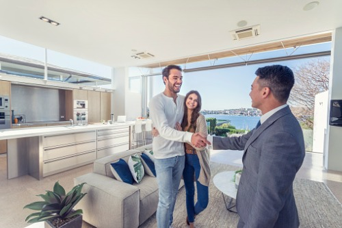 Redfin launches new service aimed at luxury housing market