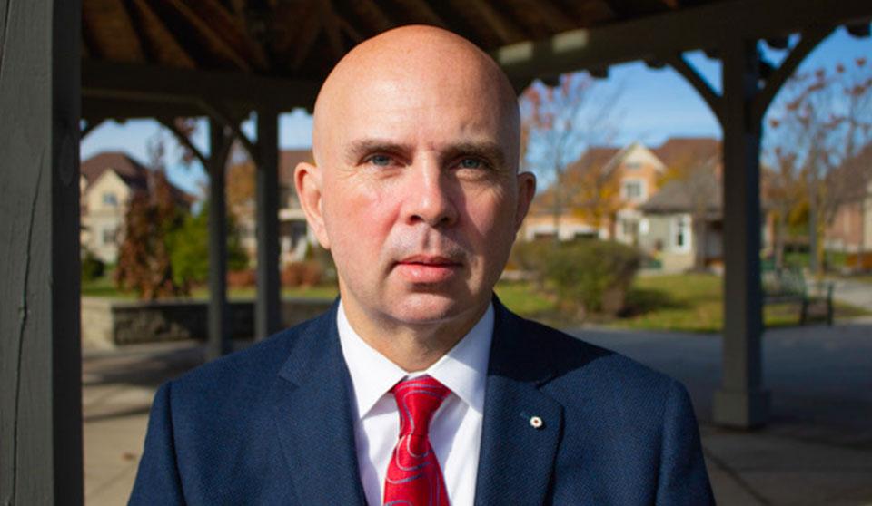 Ottawa Law taps Orlando Da Silva for mental health programme