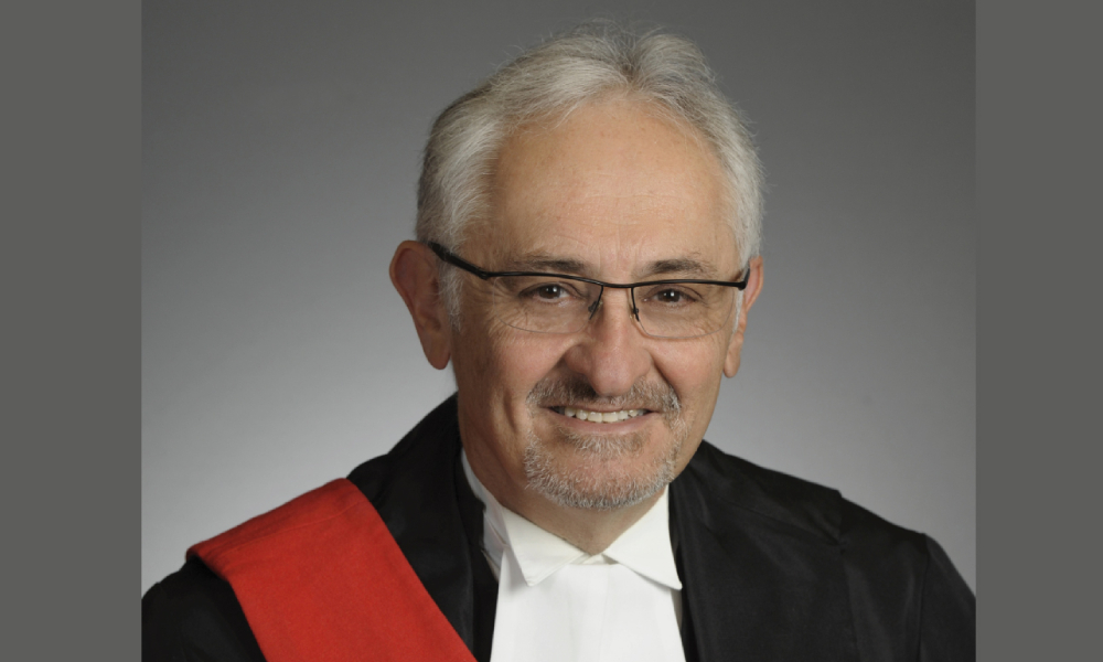 Law Society gives honourary LLD to family law specialist George Czutrin