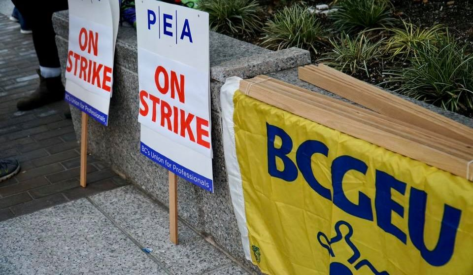 Striking B.C. legal aid staff lawyers restrict work to essential cases