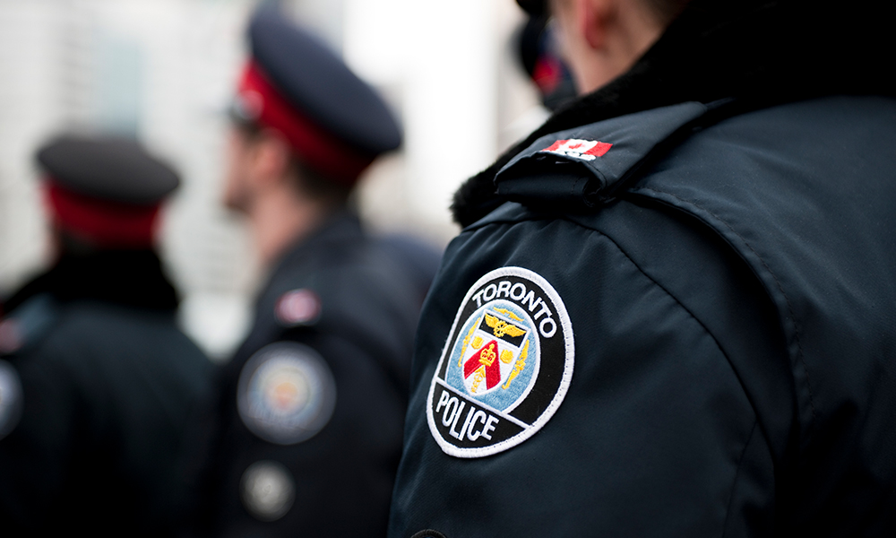 Refugee lawyers say Toronto police have no legal duty to inquire into immigration status