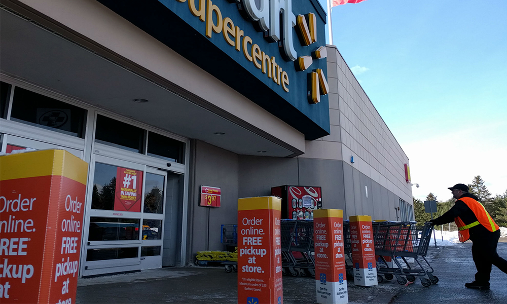 Walmart hires 10,000 workers amid COVID-19