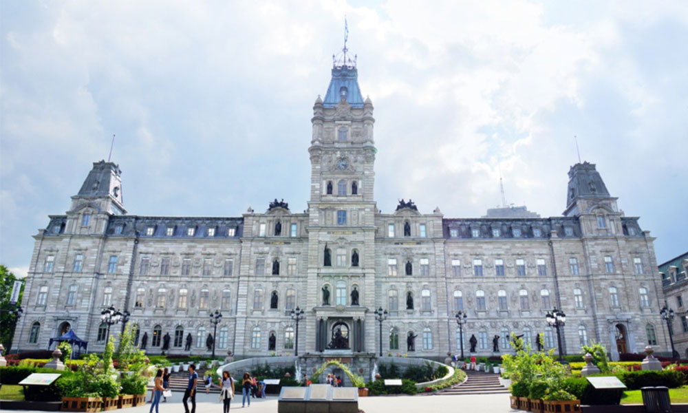 Quebec lists job postings for essential employers
