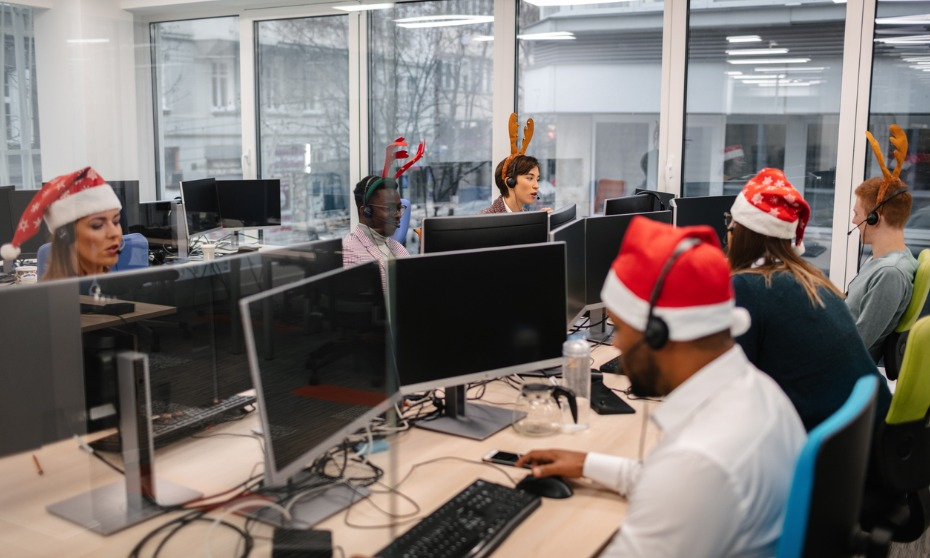 Almost 2 in 5 workers plan to 'workshop' this holiday season: survey