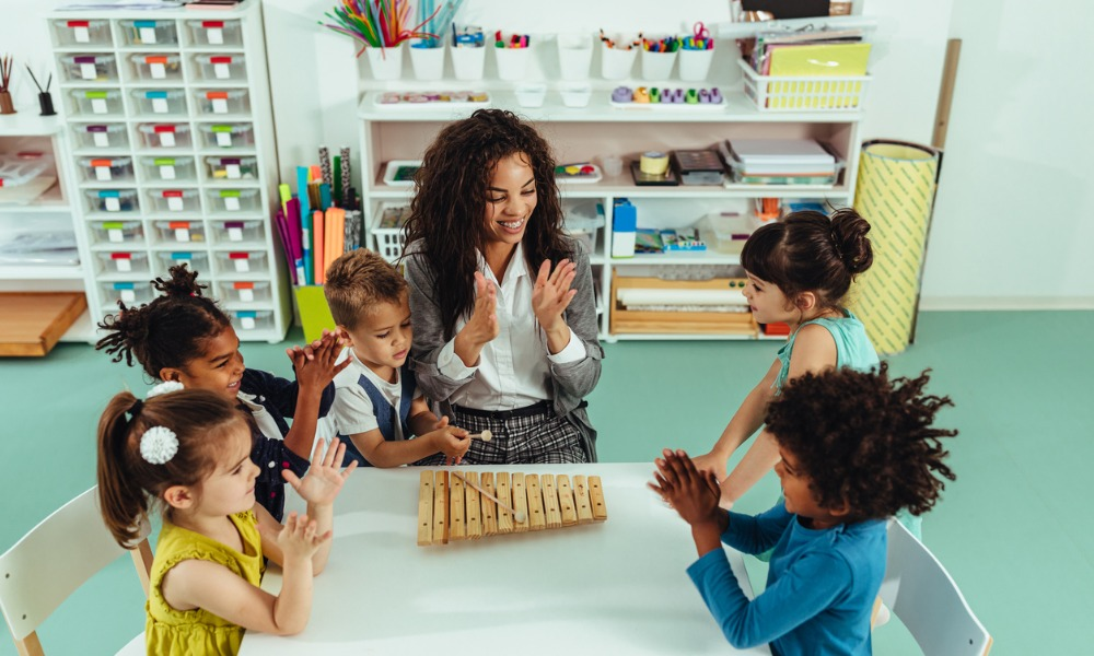 Feds looking to build national child care system