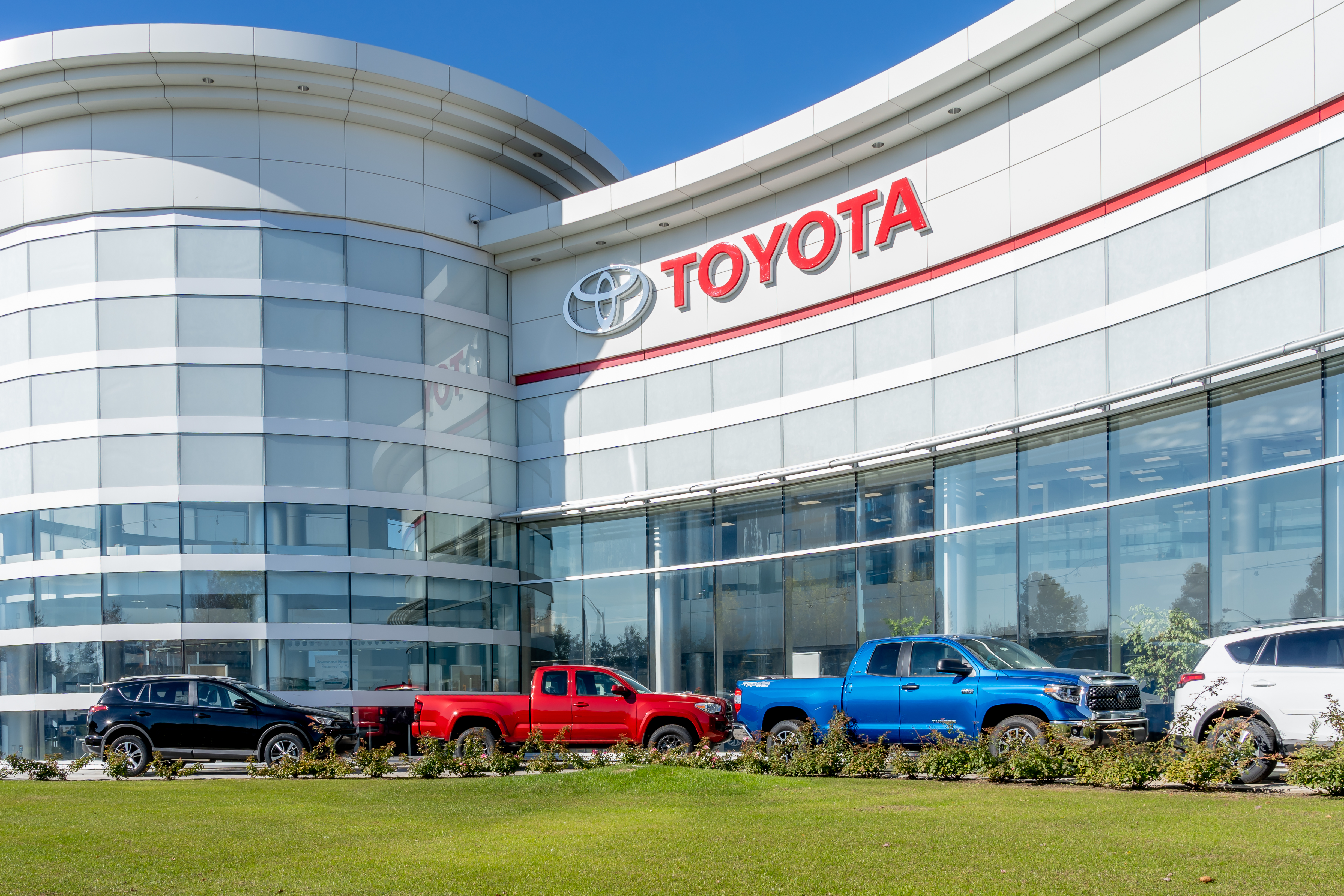 Toyota offers rapid testing to workers