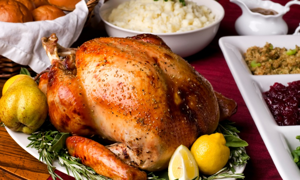 10,000 turkeys given out to healthcare workers
