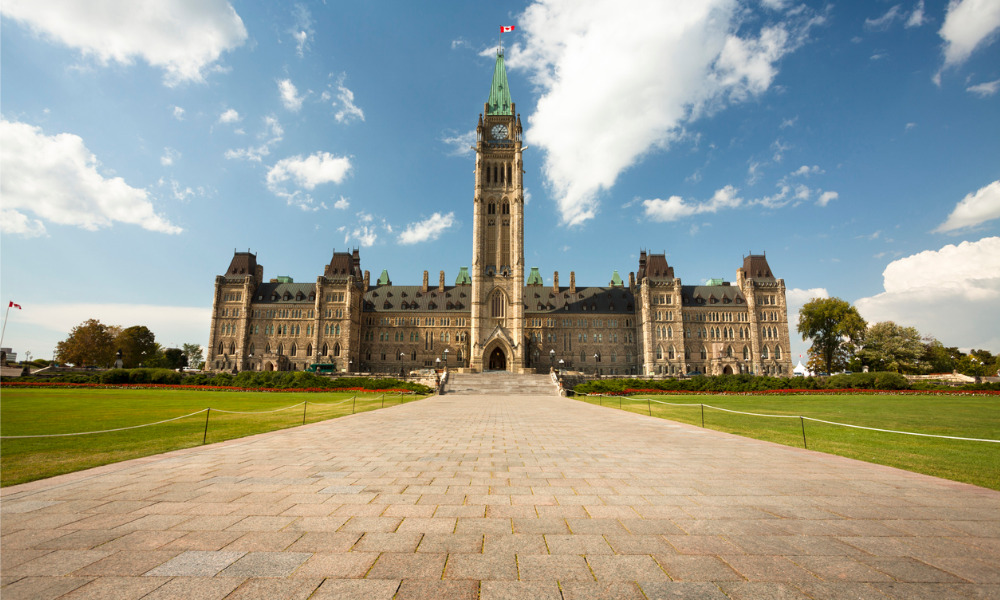 Ottawa calls for $15 minimum wage, changes to CEWS, CRB, EI