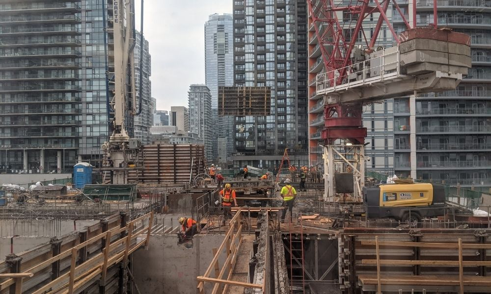 Ontario hires more health and safety inspectors