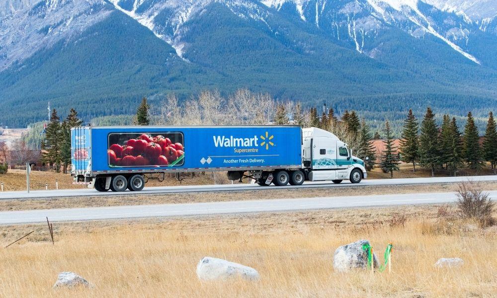 Walmart hiring 12,000 workers across Canada