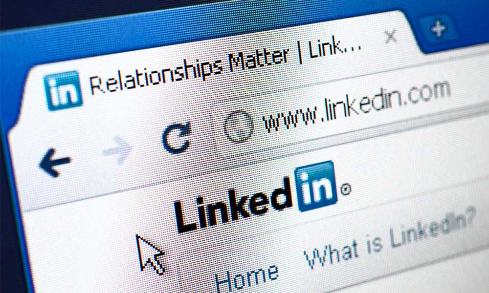 Why (and how) I'm spending hours a day on LinkedIn