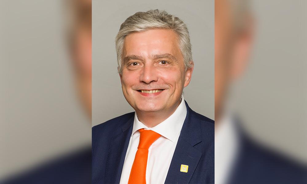 Jos Schmitt, NEO Exchange