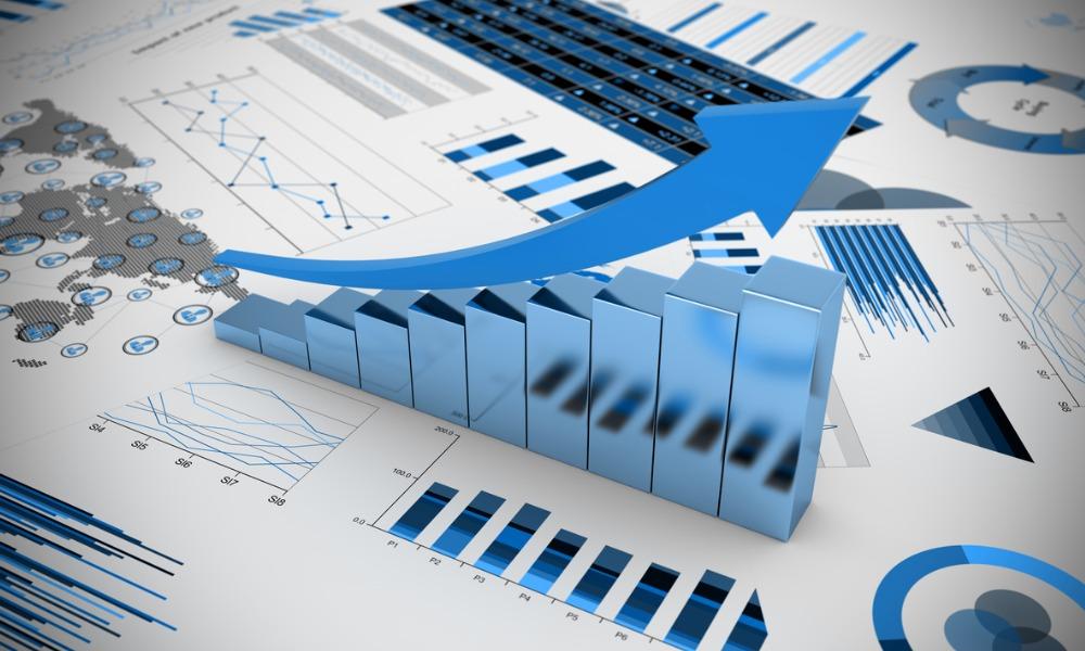 Building a portfolio for inflation risks and asset bubbles