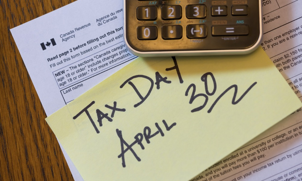 CRA issues warning for late tax filers