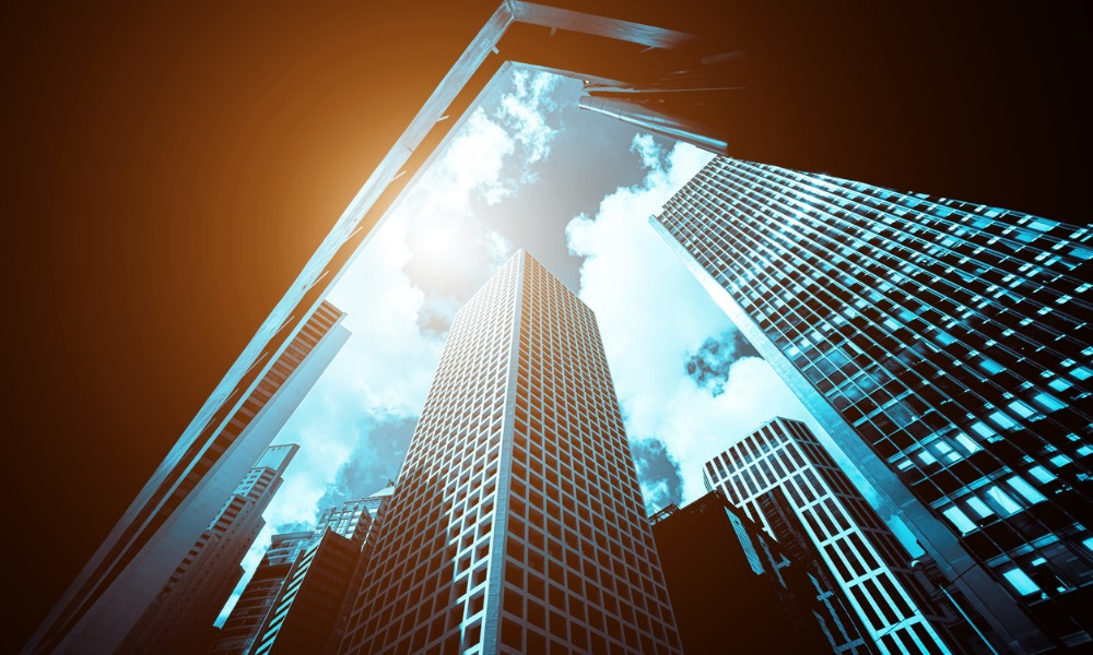 Commercial real estate investment remains split, report shows