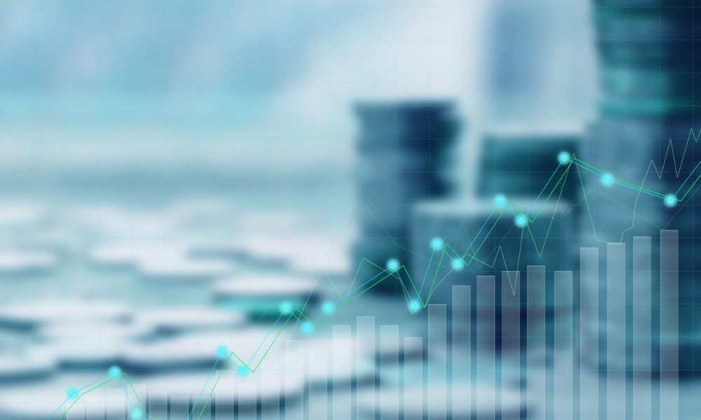 Equities offset weak bonds for Canada's DB pension plans