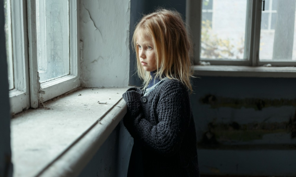 How many Canadian children are living in poverty?