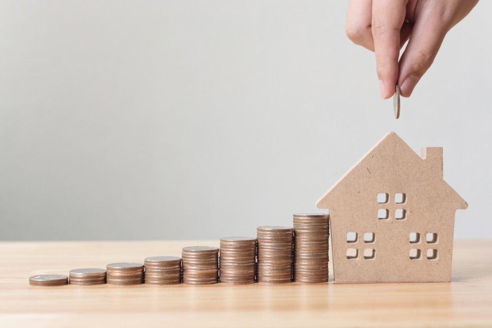 Canadians continue to prioritize mortgage payments despite crisis   Wealth  Professional