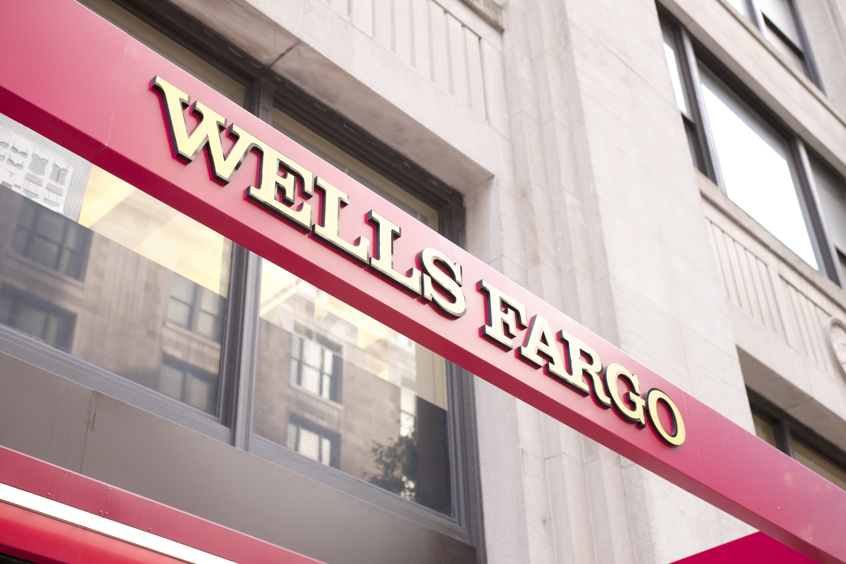 Wells Fargo to pay $10 million to settle mortgage discrimination suit