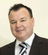 Glenn English, Aussie Carnegie (Australia)