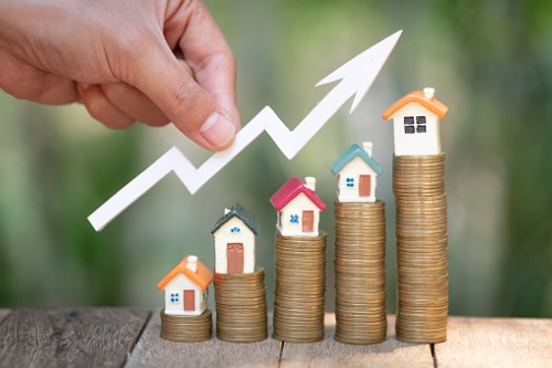 US home prices spike to seven-year high