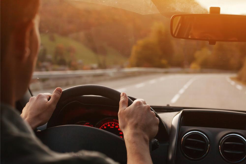 GM vylepšuje služby založené na aplikacích pro všechny americké a kanadské řidiče - přicházejí pojistné smlouvy