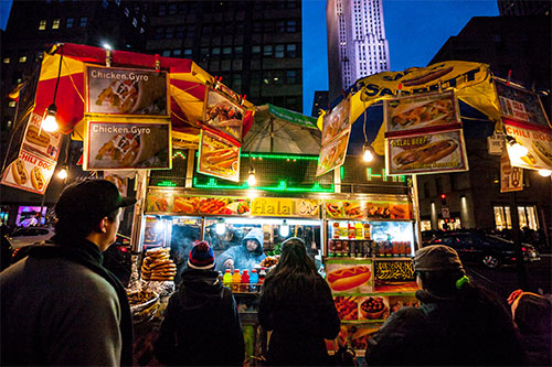 Massive opportunities and risks in booming halal food industry