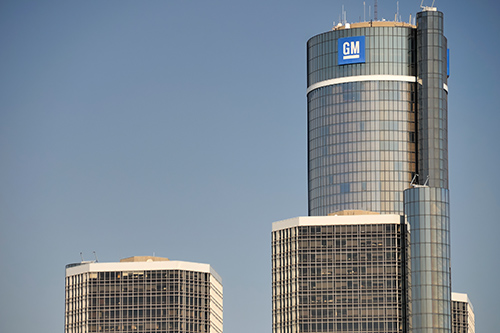 General Motors restores striking workers