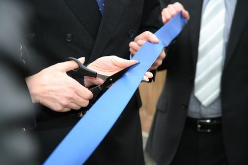 Allstate opens new office