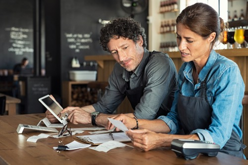Hiscox: Small business owners confident about the economy, but are prepared for a downturn