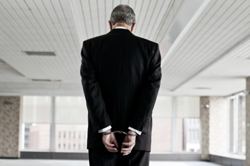 Unlicensed insurance agent arrested