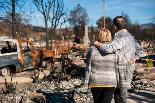 """Consumer advocate lashes out at insurers for """"exploiting"""" CA wildfires"""