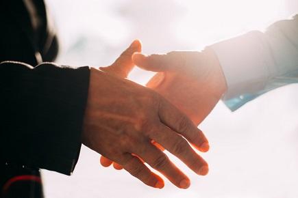 Big 'I', Trusted Choice launch guaranteed income program