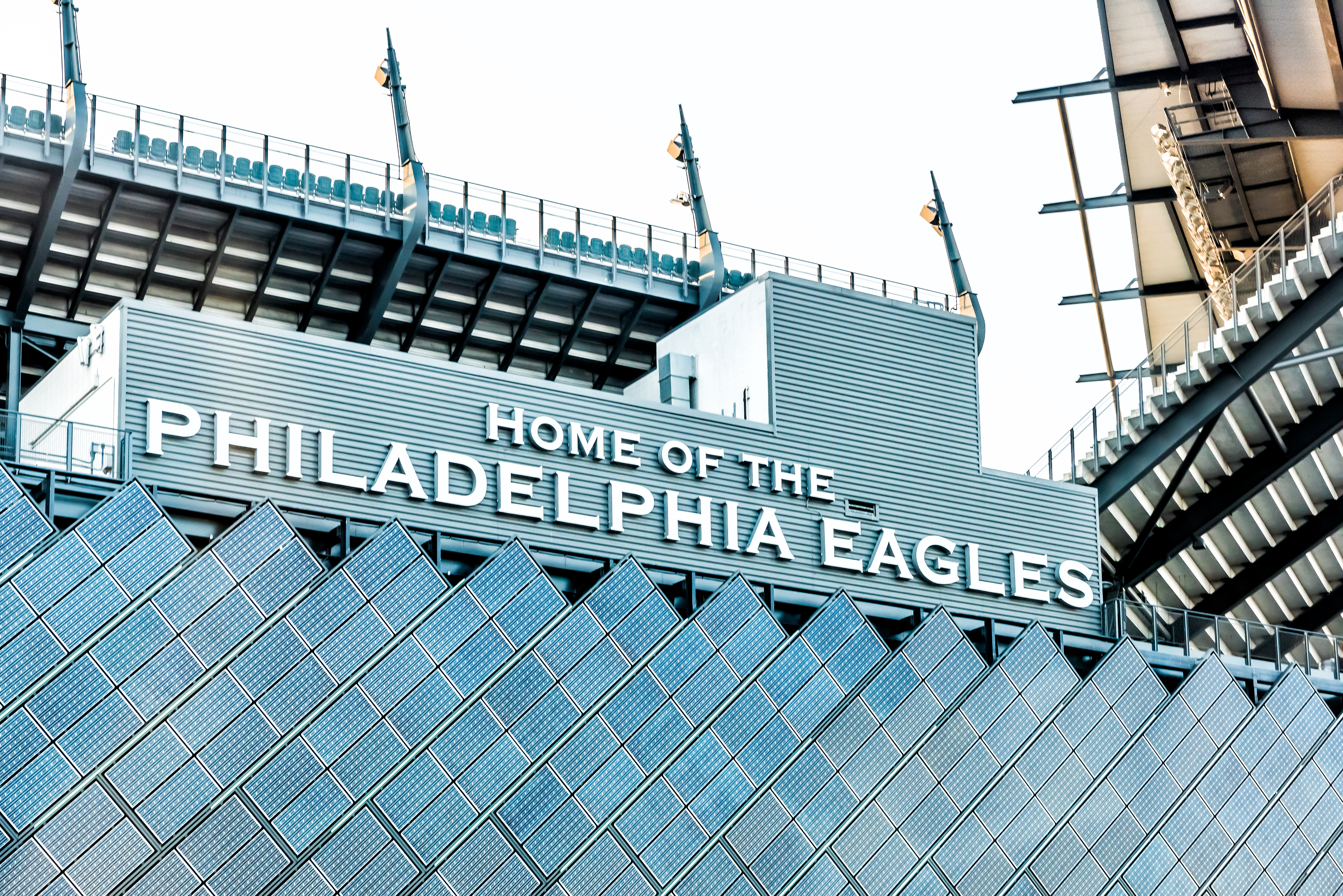 Philadelphia Eagles look to tackle insurer with lawsuit over pandemic losses