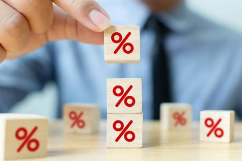 Average premium renewal rate up in Q2