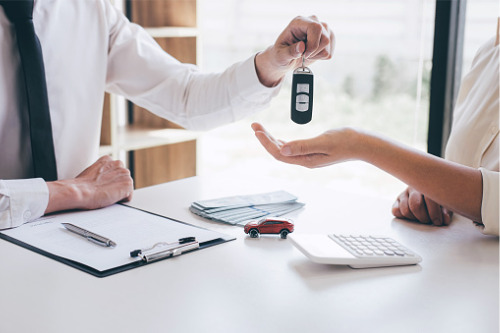 Auto insurers see greater profitability, but fewer premiums